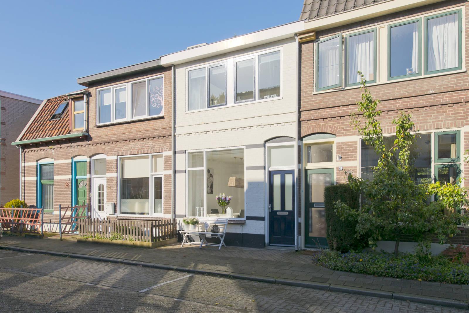 Huis kopen <Amersfoort> <Gerrit van Stellingwerfstraat> <32>